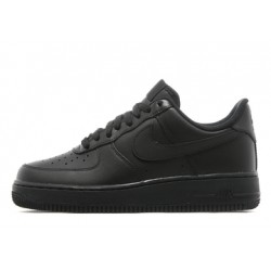NIKE AIR FORCE ONE LOW NEGRAS